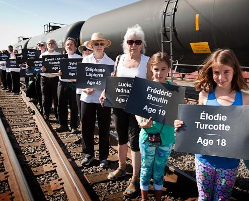 Oil_Train_Memorial_Action_1